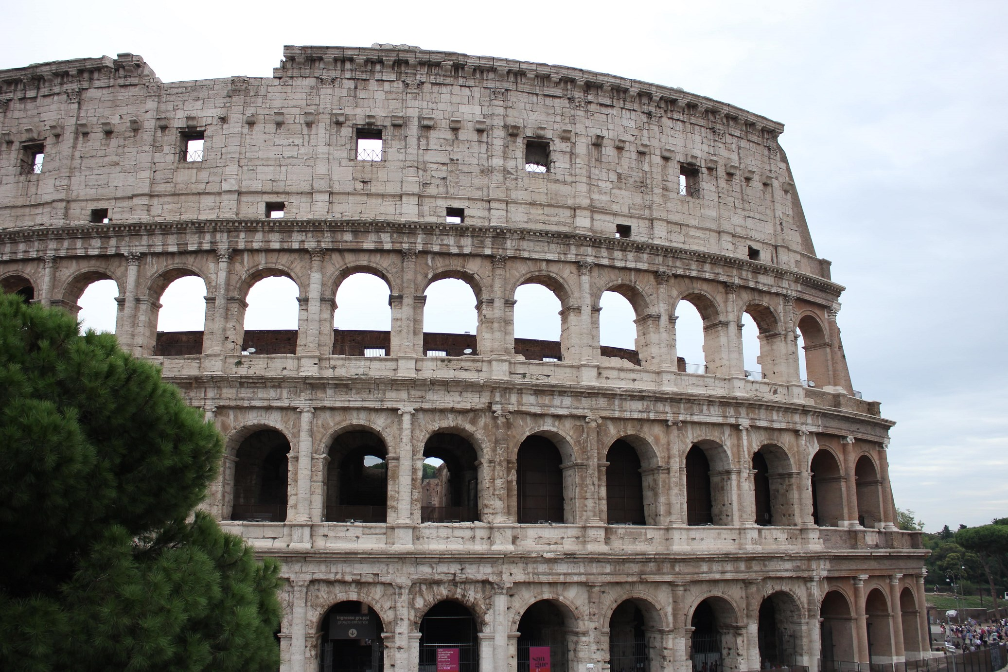 colosseum tickets skip the line Header