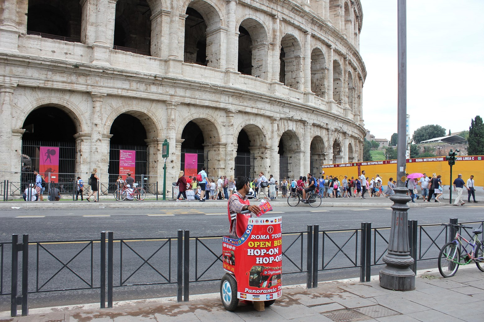 is roma pass worth it Hop on hop off bus colosseum