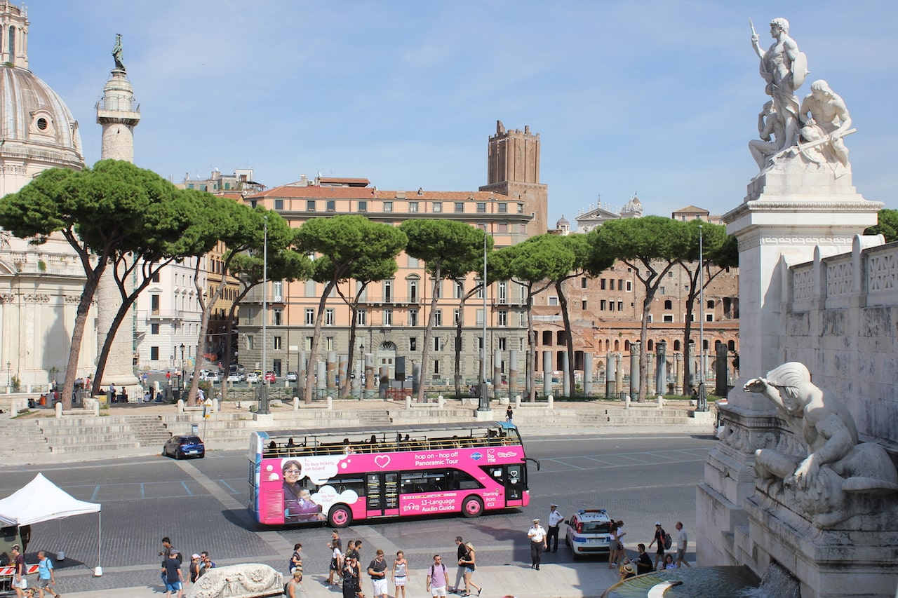 omnia card rome open bus tour