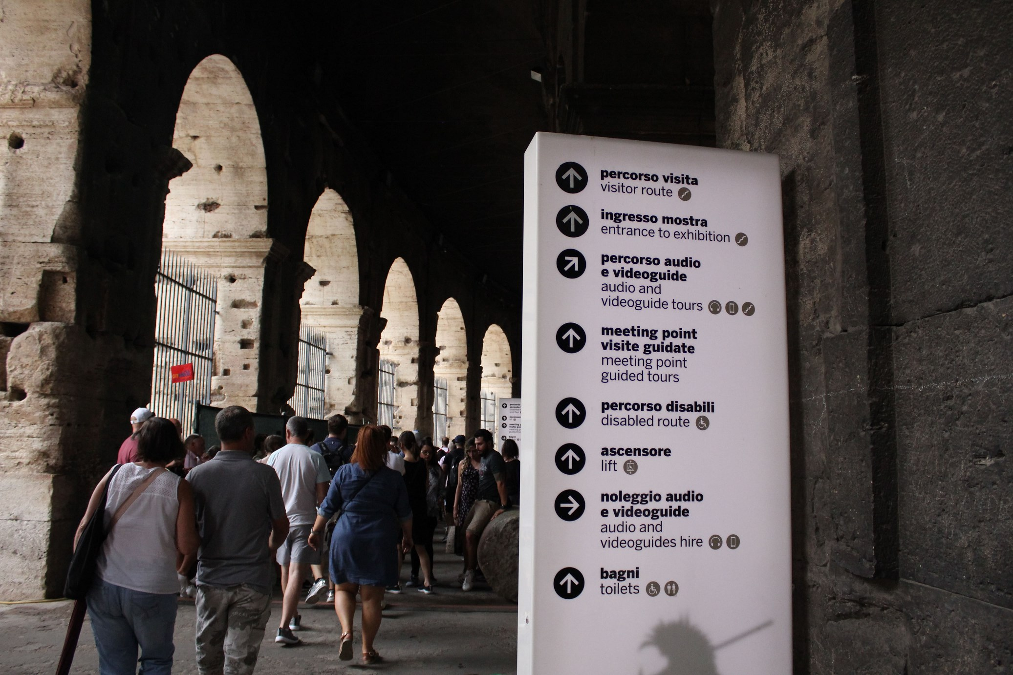 colosseum tickets skip the line Infos accessibilty restrooms