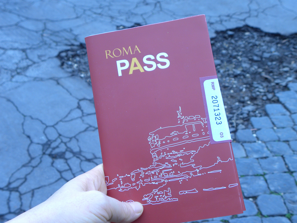 where to buy colosseum tickets Roma_Pass