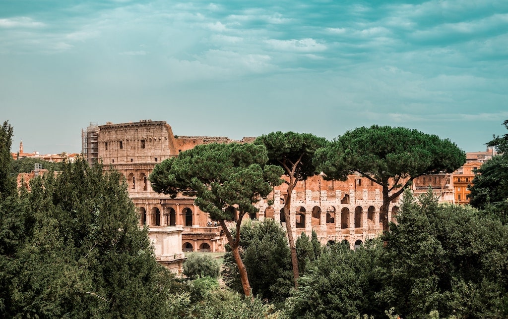 Colosseum by your own way