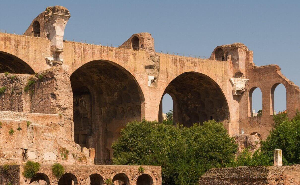 Basilica Maxentius building