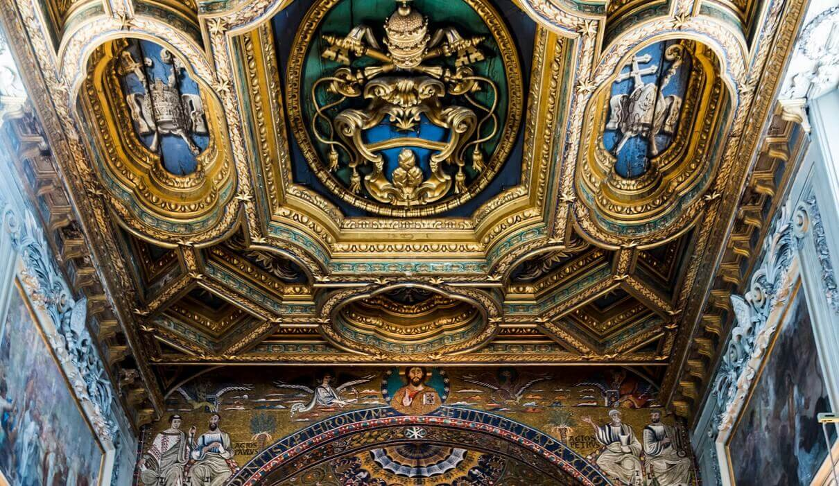 Basilica San Clemente inside
